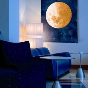 гобелен в интерьере луна